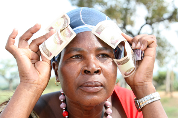 il guadagno dell'operaia della cooperativa Swazi Secrets
