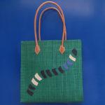 LEMURE square verde - borsa artigianale in rafia realizzata a mano in Madagascar
