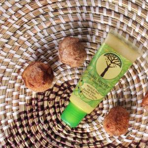 Marula balsamo labbra a base di olio di Marula, olio Ximenia, olio di Mongongo e burro di Karitè