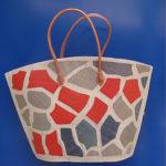 GIRAFFE round rossa - borsa artigianale in rafia realizzata a mano in Madagascar