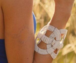 bracciale africano Ukuti Ukuti indossato