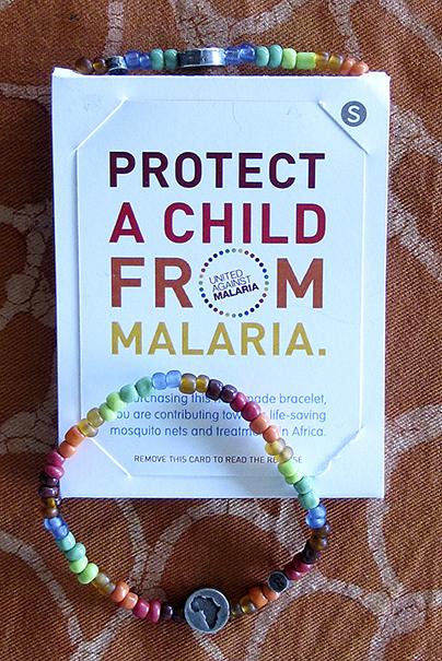 bracciale proteggi un bambino dalla malaria - Cetacea Service