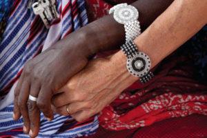 bracciale maasai Theresia indossato